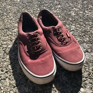 Vans Classic Sneaker with Leather Tongue